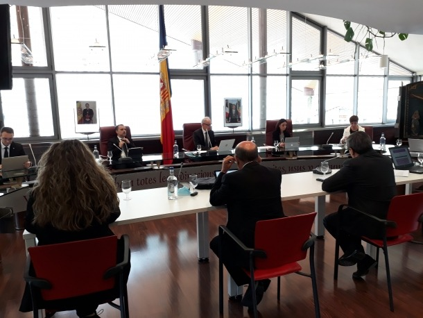 Un instant d'una sessió de consell de comú de Canillo anterior.