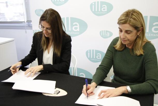 La signatura del conevni entre el Govern i illa Carlemany.