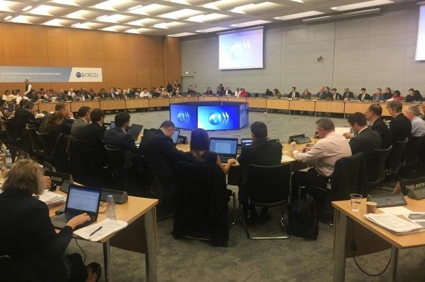 Un moment de la reunió sobre el marc inclusiu sobre l'erosió de la base imposable i el trasllat de beneficis que ha tingut lloc aquesta setmana a París.