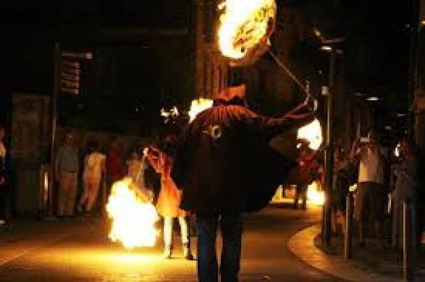 La nit de Sant Joan enguany no se celebrarà amb les tradicionals falles.