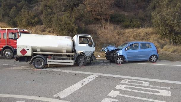 Dos dels vehicles implicats a l'accident.