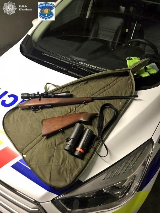 Imatge de les armes que utilitzaven els furtius.