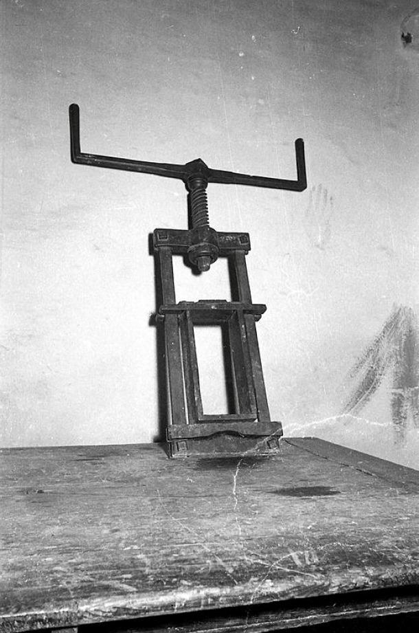 A diferència de Newman dos decennis i mig abans, l'alemany Lengemann no va tenir cap problema, es veu, per fotografiar el garrot.