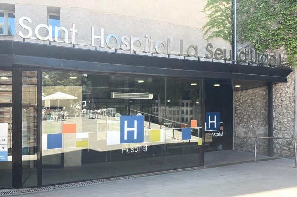 El brot de Covid-19 a l'hospital de la Seu afecta ja 18 persones