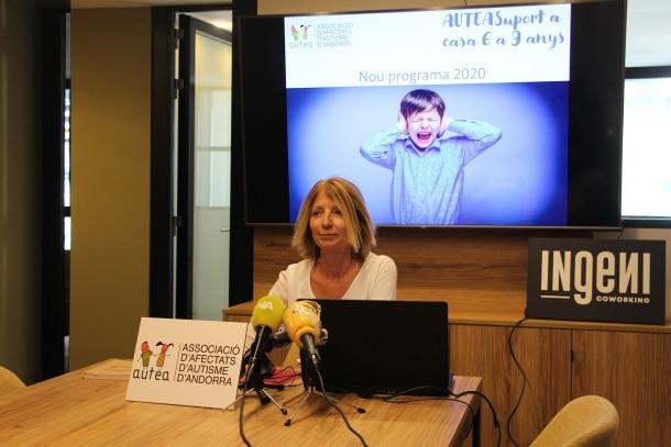 La presidenta d'Autea, Inés Martí, durant la presentació del nou programa.