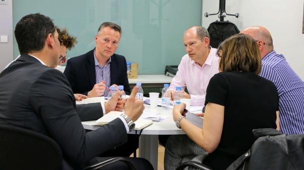 LdA es reuneix amb els enginyers pel text de transició energètica