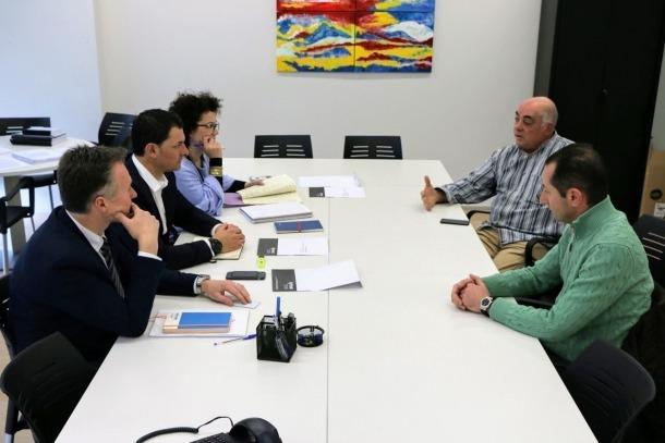 Un moment de la trobada entre els consellers generals liberals i els representants de la PIME.