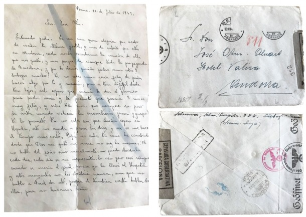 La pàgina del davant de la carta escrita per Juanita Schmid, nom de casada, el 22 de juliol del 1943; a la dreta, el sobre, amb els segells de la censura alemanya i franquista.