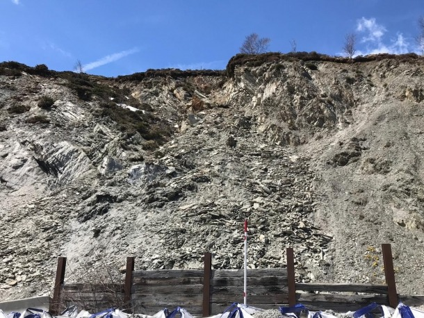 La zona afectada per l'esllavissada a l'RN-22, a l'altura del pont de la Mina.