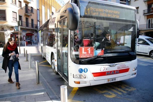 Un autobús de línia.