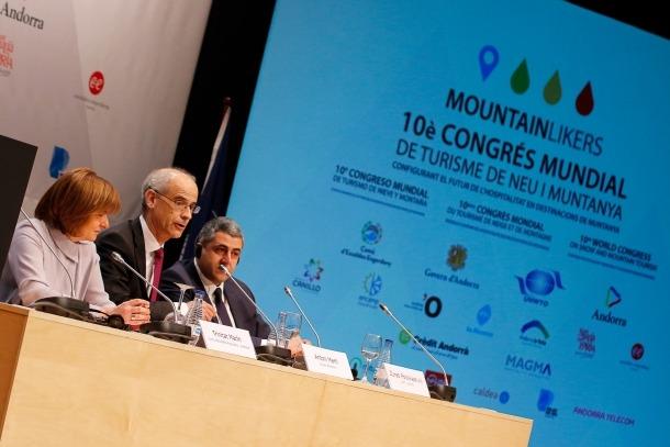 Un moment de la cerimònia inaugural del Congrés de Turisme de Neu i Muntanya, ahir.