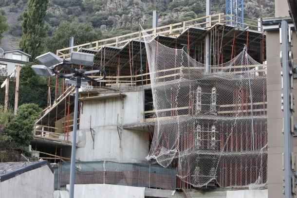 L'Acoda calcula que falta un centenar de treballadors en la construcció
