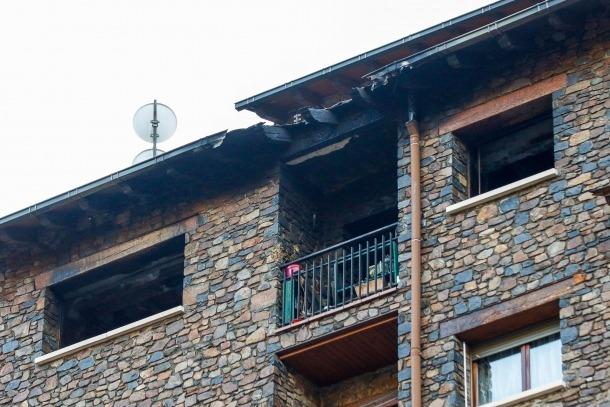 L'incendi va passar al 6è 1a del número 64 de l'avinguda Sant Antoni de la Massana.