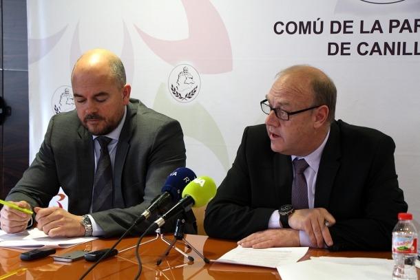 Torres i Mandicó en la roda de premsa posterior a la reunió de cònsols, ahir.