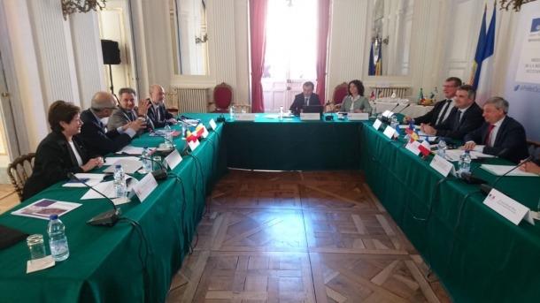 Un moment de la reunió que va tenir lloc ahir a Tolosa.