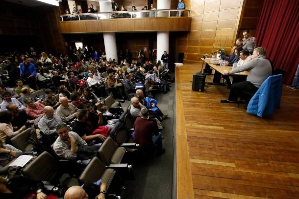 Un moment de l'assemblea dels treballadors públics de dimecres a la sala d'actes del Comú d'Escaldes-Engordany.