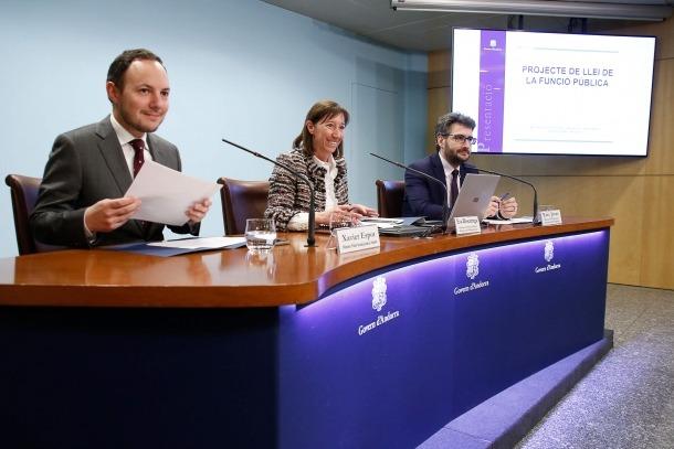 Els ministres Xavier Espot, Eva Descarrega i Èric Jover van lamentar que els sindicats no tinguessin en compte els esforços del Govern.