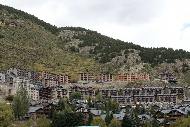 El Govern ja ha compartit amb el sector el reglament dels apartaments turístics.
