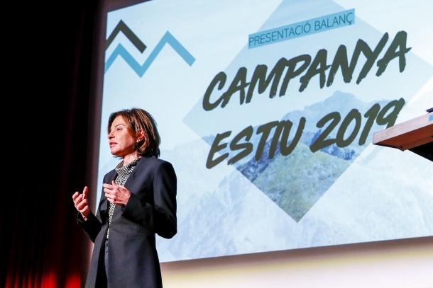 La ministra de Turisme, Verònica Canals, en el balanç de la campanya d'estiu i la presentació de l'Andorra Shopping Festival, ahir.