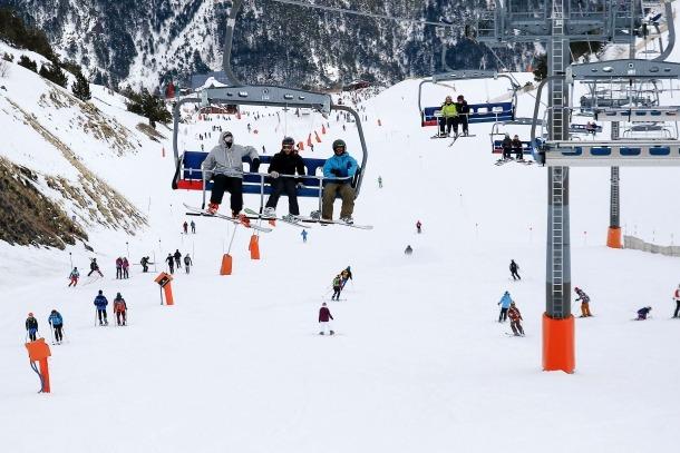 Esquiadors a les pistes d'esquí d'Andorra durant aquesta temporada d'hivern.