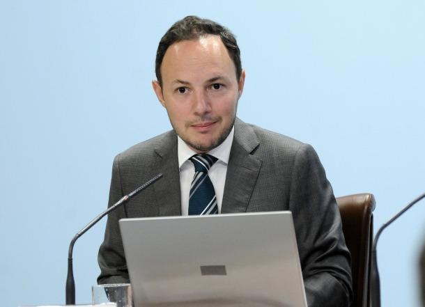 El ministre d'Afers Socials, Justícia i Interior, Xavier Espot, en la presentació del reglament que va entrar en vigor dijous passat.