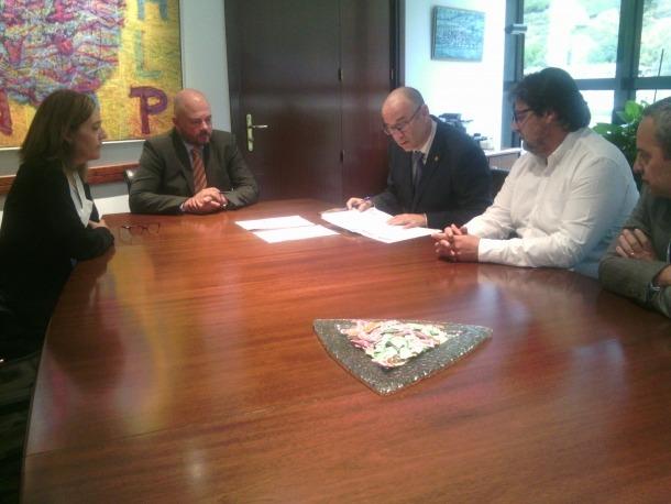 La presentació de la candidatura d'Agrupament Encampadà.