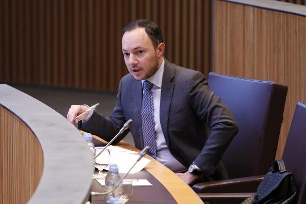 El ministre Xavier Espot va defensar la necessitat de la llei de seguretat pública.