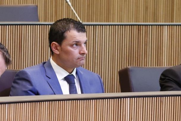 """LdA proposa afrontar el """"debat real"""" sobre la sanitat i Álvarez ho accepta"""