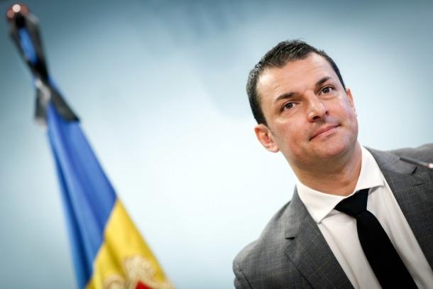 El ministre de Presidència, Economia i Empresa, Jordi Gallardo, en la roda de premsa d'ahir.