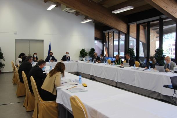 Un moment de la reunió de cònsols que ahir va tenir lloc a la sala la Buna d'Ordino.