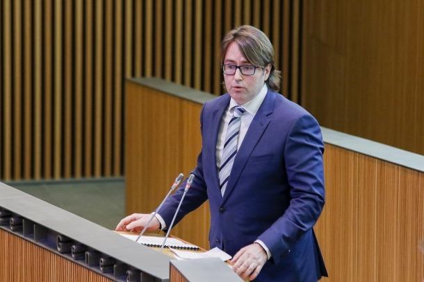 Carles Naudi d'Areny-Plandolit, en una sessió al Consell General.