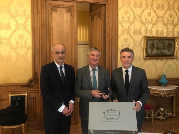 Martí i Mateu amb el representant del copríncep francès, Patrick Strzoda.
