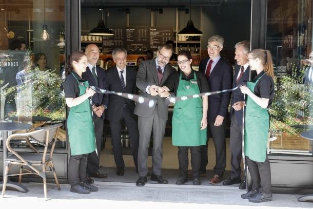 Starbucks obre portes a la capital