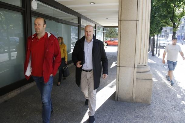 Demanda de 3 mesos d'arrest per a Marc Calvet per injúries i difamació
