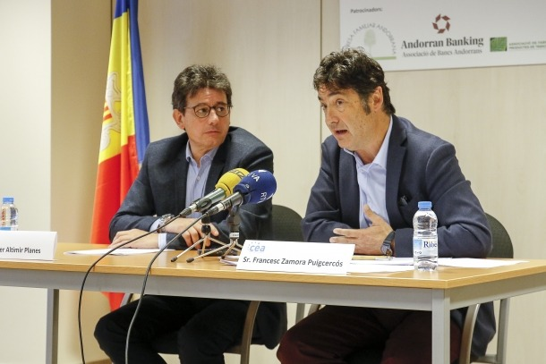 Els dos candidats de la CEA a les eleccions de la CASS del col·lectiu d'empresaris, Xavier Altimir i Francesc Zamora, ahir.