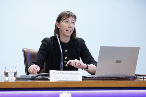 La ministra de Funció Pública i Reforma de l'Administració, Eva Descarrega, ha fet arribar als empleats públics el pla de places.