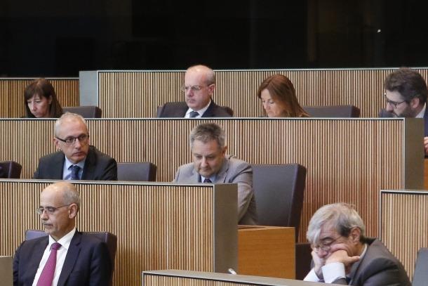 La titular de Cultura, Joventut i Esports, Olga Gelabert, amb la resta de l'executiu durant la sessió del Consell General d'ahir.