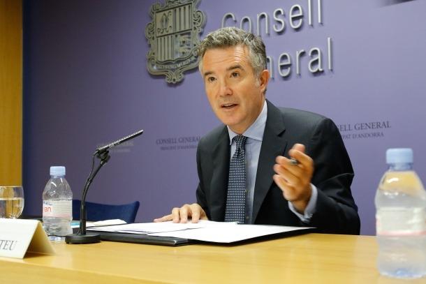 El síndic general, Vicenç Mateu, va comparèixer ahir per parlar dels acords presos en la junta de presidents.
