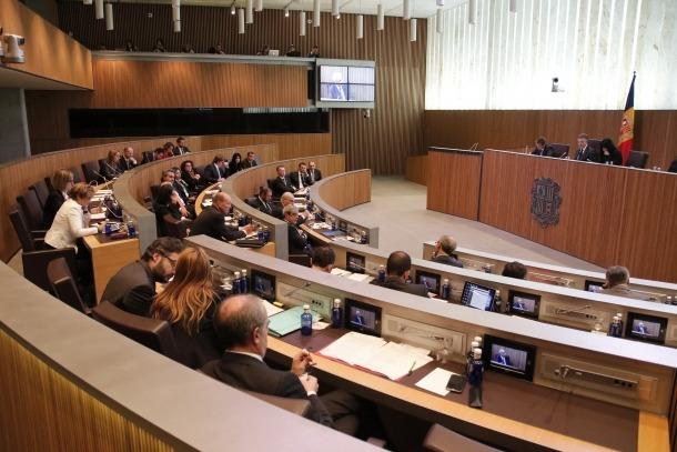 """PS i LdA lamenten l'ús """"ja habitual"""" dels beneficis d'Andorra Telecom"""