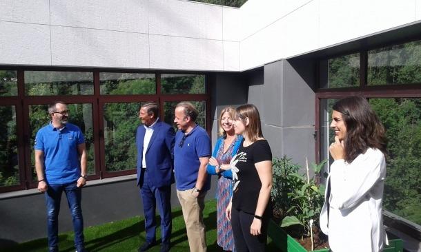 El ministre i la secretària d'Estat d'Afers Socials van visitar el Centre de Joves en Inclusió.