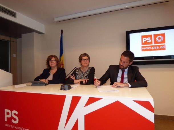 Carmona, Vela i López van comparèixer ahir en roda de premsa.