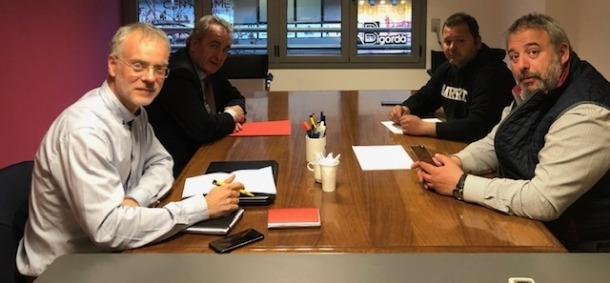 Josep Roig i Jaume Bartumeu amb els representants del Sipaag i el SEP.