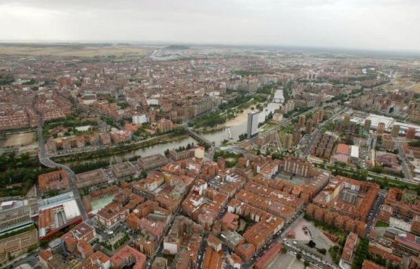 Els fets van tenir lloc en un agència de transports de Valladolid.