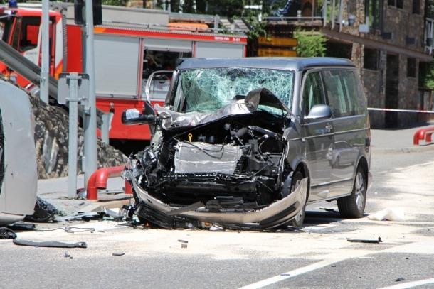 L'estat en què va quedar la furgoneta implicada en l'accident.