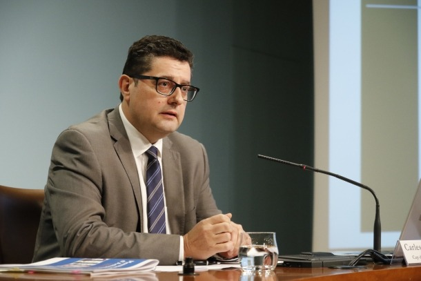 Fiñana s'avança i demana poder comparèixer a la comissió BPA