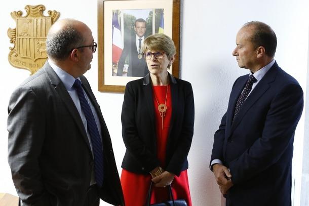 El ministre Rossell amb el fiscal general i la seva homòloga francesa.