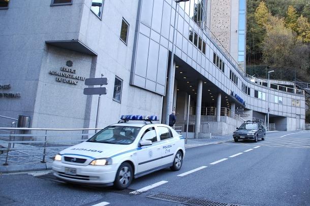 La setmana passada la policia va detenir 17 persones per la comissió de diferents delictes.