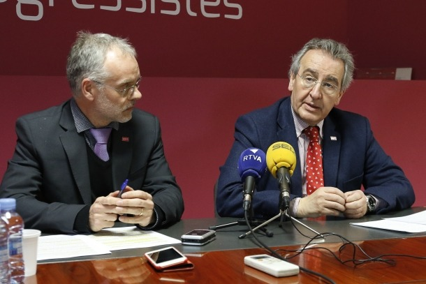 El cap de la llista nacional de Progressistes-SDP, Josep Roig, i el president de la formació, Jaume Bartumeu, en una compareixença anterior.