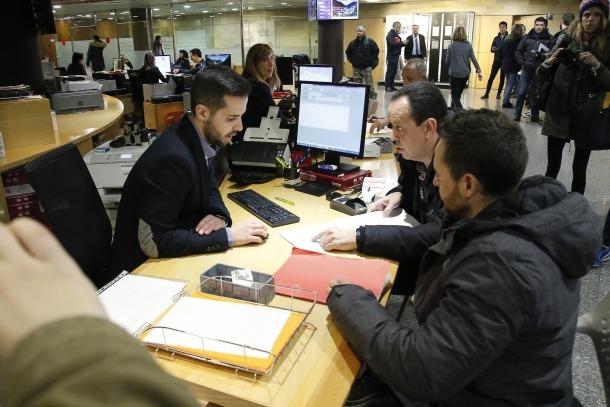 Joan Torra, president de l'ABA, i Miguel Ángel, d'A118, van presentar maig passat el recurs dirigit a Funció Pública.