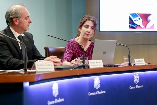 Carles Álvarez i Odile Sarroca van explicar ahir el que comporta el nou sistema.